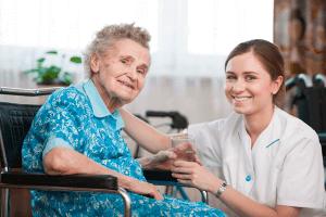Hjælpemidler til ældre og gangbesværede