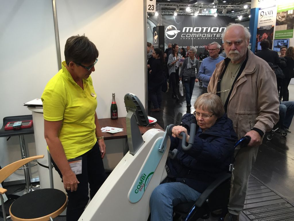 Bike for wheelchair users REHACARE 2015