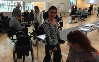 Paraplegi der testes krykstokke