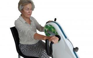 Combi Bike plus Træningscykel til stol