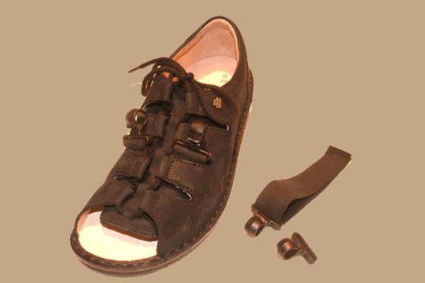 Dictus kroge til sandaler til mennesker med dropfod